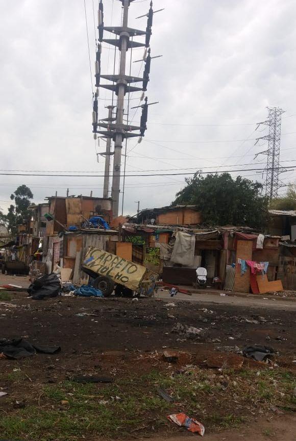 Ruas e casas (invasão)